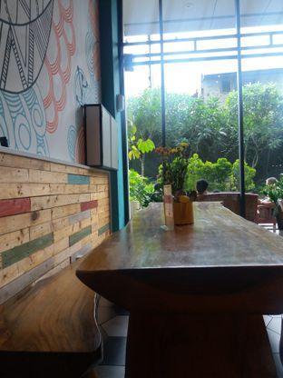 Foto 4 - Interior di HaloNiko! oleh Meyrani Putri