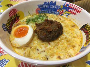 Foto review Indomen oleh Dyah Ayu Pamela 2