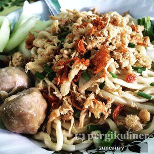 Foto 1 - Makanan( mie pangsit bakwan) di Pangsit Tenda Biru oleh @supeririy