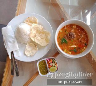 Foto 4 - Makanan(Nasi Gulai Iga Sapi P7) di Pawon Pitoe Cafe oleh Iin Puspasari