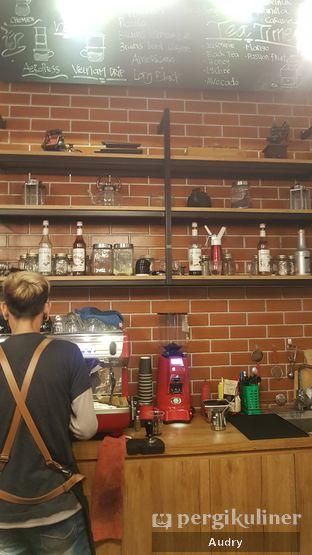 Foto 6 - Interior di Bruins Coffee oleh Audry Arifin @makanbarengodri
