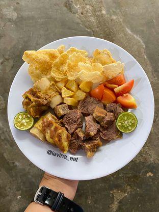 Foto 2 - Makanan di Soto Betawi Roemahan oleh Levina JV (IG : levina_eat )
