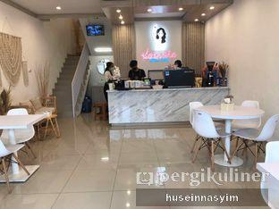 Foto 1 - Interior di Kamaie Coffee & Eatery oleh huseinnasyim