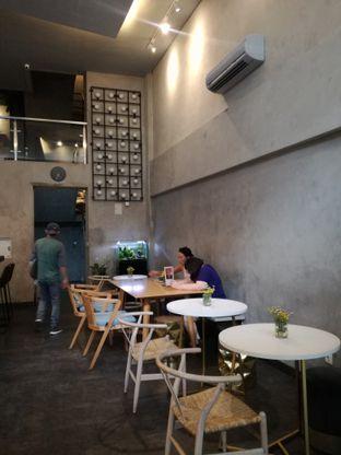 Foto 8 - Interior di Awesome Coffee oleh Lili Alexandra