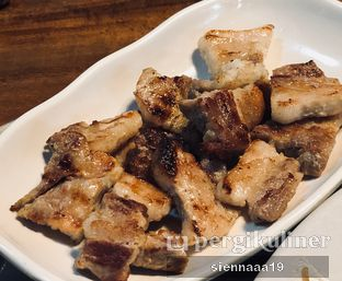Foto 4 - Makanan(samgyeopsal) di Chung Gi Wa oleh Sienna Paramitha