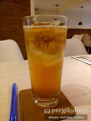 Foto 1 - Makanan(Peach Tea) di Fish & Chips House oleh @NonikJajan