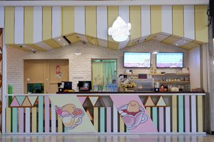 Foto 9 - Interior di Shirokuma oleh Deasy Lim
