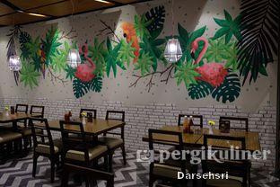 Foto 14 - Interior di Glosis oleh Darsehsri Handayani