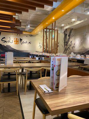 Foto 14 - Interior di Sushi Mentai oleh Jeljel
