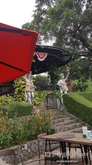 Foto 3 - Eksterior di Grand Garden Cafe & Resto oleh Annisa Nurul Dewantari