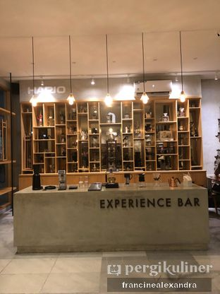 Foto 1 - Interior di Hario Cafe oleh Francine Alexandra