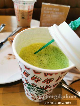 Foto 2 - Makanan(sanitize(image.caption)) di Starbucks Coffee oleh Patsyy