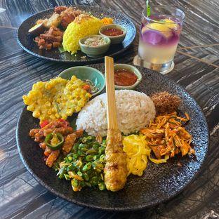 Foto 10 - Makanan di Putu Made oleh Levina JV (IG : levina_eat )