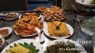 Foto 5 - Makanan di Padang Merdeka oleh UrsAndNic