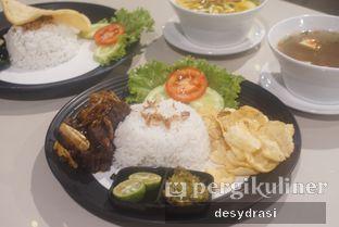Foto 1 - Makanan di Black Butler Cafe - Hotel Sanira oleh Desy Mustika