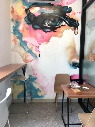 Foto 5 - Interior di Dapur Cokelat Coffee oleh Prido ZH