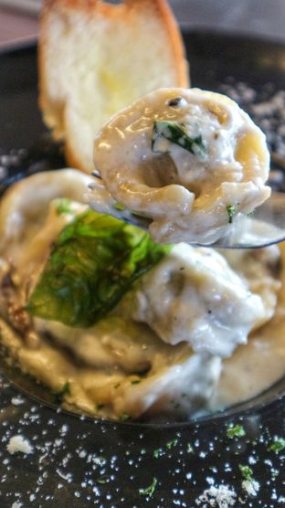 Foto 6 - Makanan di The Upside oleh heiyika