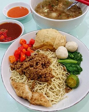Foto 29 - Makanan di Bakmi Lontar Bangka oleh Santoso Gunawan