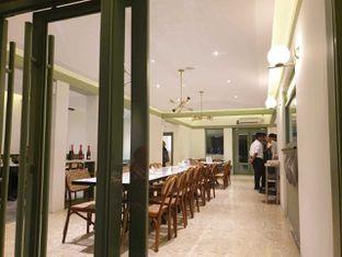 Foto 4 - Interior di Urban Wagyu oleh Amrinayu