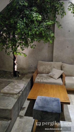 Foto 8 - Interior di Monkey Tail Coffee oleh Mich Love Eat