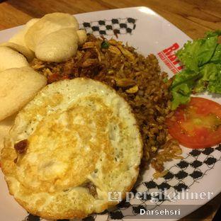 Foto 6 - Makanan(Fried Rice Special) di Raffel's oleh Darsehsri Handayani