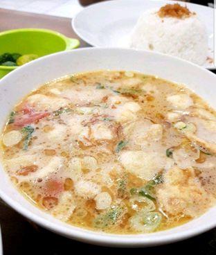 Foto 1 - Makanan di Soto Betawi Nyonya Afung oleh heiyika