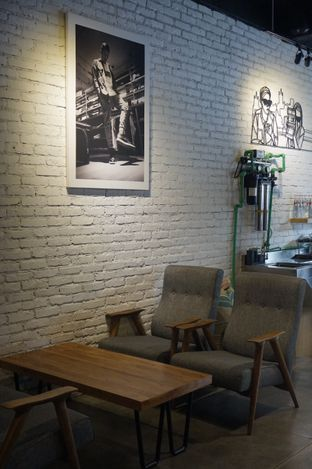 Foto 26 - Interior di Chief Coffee oleh yudistira ishak abrar
