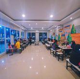 Foto Indoor (AC) di #WKWK Food & Drink