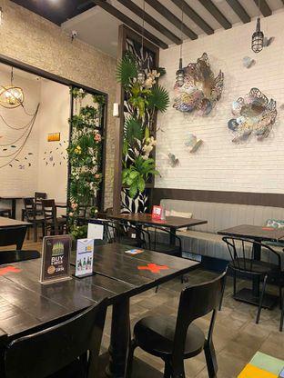 Foto review Babochkaa Bistro & Coffee Bar oleh Jeljel  13