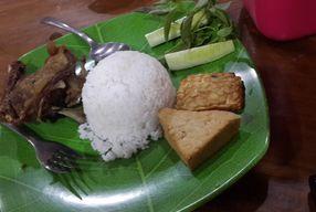 Foto Bebek Goreng HT Khas Surabaya