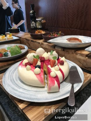 Foto review PASOLA - The Ritz Carlton Pacific Place oleh Julio & Sabrina 6