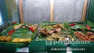 Foto review Ayam Goreng Fatmawati oleh Jakartarandomeats 4