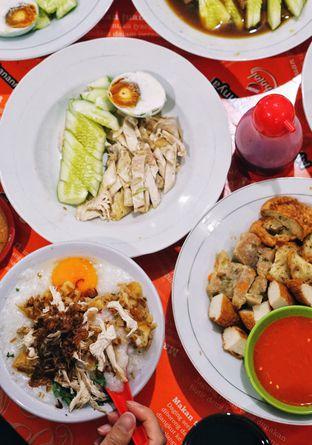 Foto review Bubur Ayam Tangki 18 Aguan oleh Foodie Keliling 2