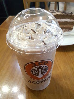 Foto 4 - Makanan di J.CO Donuts & Coffee oleh Stallone Tjia (Instagram: @Stallonation)