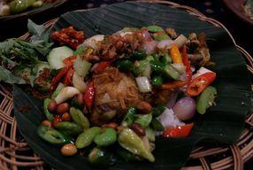 Foto Waroeng Pati Surabaya - Hotel Ibis Budget