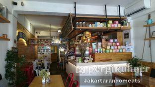 Foto 2 - Interior di Mars Kitchen oleh Jakartarandomeats