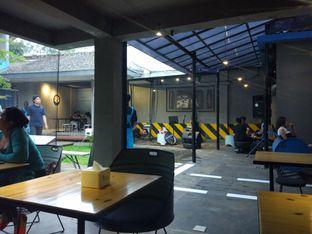 Foto 3 - Interior di Bengkel Kopi oleh Harya Danniswara