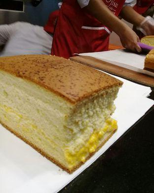 Foto 2 - Makanan di Ojisan Cake oleh Caca