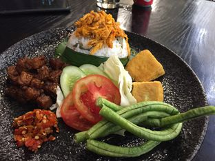 Foto 2 - Makanan di Putu Made oleh Yohanacandra (@kulinerkapandiet)