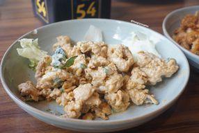 Foto Dermaga Makassar Seafood