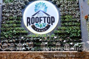 Foto 17 - Interior di De Cafe Rooftop Garden oleh Jessica Sisy