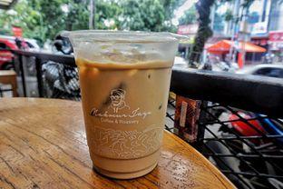 Foto 4 - Makanan(Es Kopi Makmur) di Makmur Jaya Coffee Roaster oleh Fadhlur Rohman