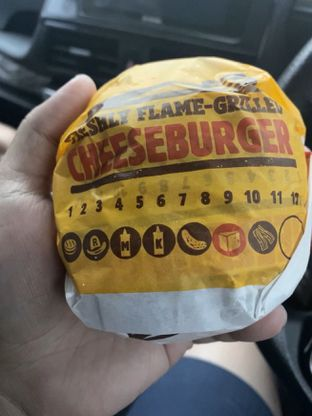 Foto 1 - Makanan di Burger King oleh @Perutmelars Andri