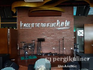 Foto review Portable Kitchen & Lounge - Hotel Leisure Inn Arion oleh UrsAndNic  7