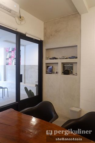 Foto 5 - Interior di Kolektiv Coffee oleh Shella Anastasia