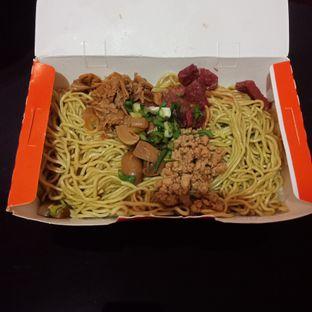 Foto - Makanan di Bakmie Aloi oleh Fensi Safan