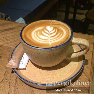 Foto 3 - Makanan(Vanilla Latte) di Doma Dona Coffee oleh Shella Anastasia