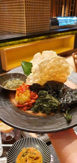 Foto 8 - Makanan di Mandeh Restoran Padang - Hotel JHL Solitaire oleh Yohanacandra (@kulinerkapandiet)