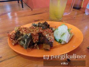 Foto 1 - Makanan di Ayam Goreng Nelongso oleh raafika nurf