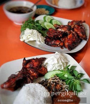 Foto 1 - Makanan di Ayam Bakar Madiun oleh Asiong Lie @makanajadah